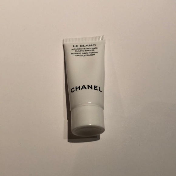 CHANEL Other - Chanel Le Blanc brightening foam cleanser sample